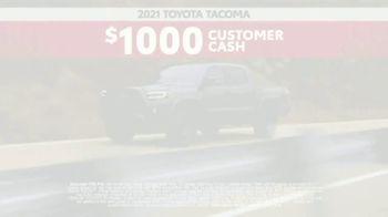 2021 Toyota Tacoma TV Spot, 'Road Trip: My Truck' Feat. Danielle Demski, Ethan Erickson [T2] - Thumbnail 9