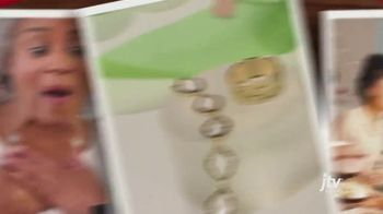 Jewelry Television (JTV) TV Spot, 'Holidays: A Little More Meaning' - Thumbnail 5