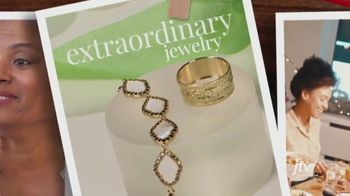 Jewelry Television (JTV) TV Spot, 'Holidays: A Little More Meaning' - Thumbnail 6