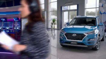 Hyundai TV Spot, 'Vive más aventuras' [Spanish] [T2] - Thumbnail 2