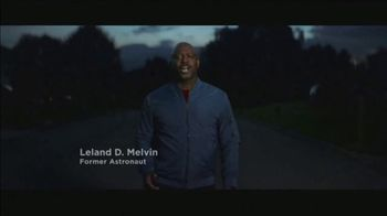 Cigna TV Spot, 'Moon Shot: Resources for Well-Being' Featuring Leland D. Melvin - Thumbnail 9