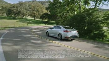 2020 Hyundai Elantra TV Spot, 'Una larga mirada' [Spanish] [T2] - Thumbnail 6