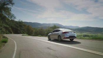 2020 Hyundai Elantra TV Spot, 'Una larga mirada' [Spanish] [T2] - Thumbnail 7