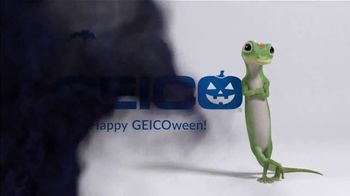 GEICO TV Spot, 'Ion Television: GEICOween Riddle: Haunted Houses' - Thumbnail 3