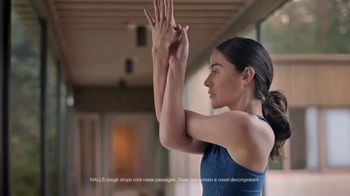 Halls Relief Menthol-Lyptus Flavor Cough Drops TV Spot, 'The Hiker'