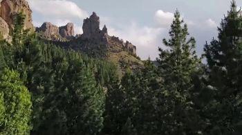Halls Relief Menthol-Lyptus Flavor Cough Drops TV Spot, 'The Hiker' - Thumbnail 1