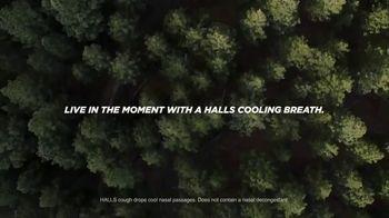 Halls Relief Menthol-Lyptus Flavor Cough Drops TV Spot, 'The Hiker' - Thumbnail 10