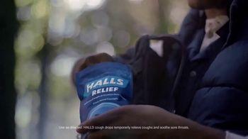 Halls Relief Menthol-Lyptus Flavor Cough Drops TV Spot, 'The Hiker' - Thumbnail 3