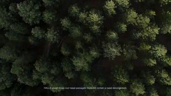 Halls Relief Menthol-Lyptus Flavor Cough Drops TV Spot, 'The Hiker' - Thumbnail 9