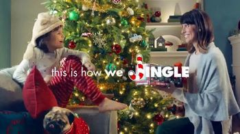 Big Lots TV Spot, 'Holidays: Jingle Deals: Dearfoarms Slippers' Song by Montell Jordan - Thumbnail 9