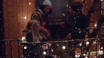 Maker's Mark TV Spot, 'Holidays: Yule Log' Song by Harbour Lights - Thumbnail 8