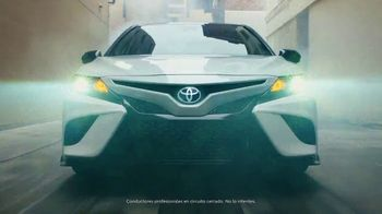 Toyota ¡Evento Hoy Es el Día! TV Spot, 'Dar un giro' canción de OutKast [Spanish] [T2] - Thumbnail 4