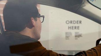 McDonald's Buy One, Get One for $1 TV Spot, 'Pedir desde el auto' [Spanish] - Thumbnail 4