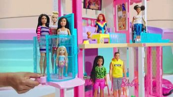 Barbie DreamHouse TV Spot, 'Everyone's Invited' - Thumbnail 4