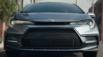 2021 Toyota Corolla TV Spot, 'The Pack' Featuring David Morse, Song by Alex Britten, AX UX [T2] - Thumbnail 7