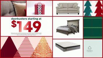 Ashley HomeStore Black Friday Doorbusters TV Spot, 'Skip the Line' - Thumbnail 7