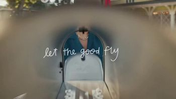 Shutterfly TV Spot, 'Let the Good Fly' - Thumbnail 7