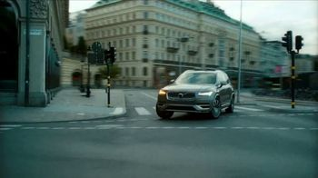 2021 Volvo XC90 TV Spot, 'The Parents' Song by Pete Seeger [T2] - Thumbnail 4