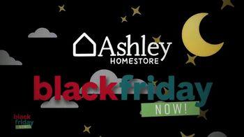 Ashley HomeStore Black Friday Now! Sale TV Spot, 'Big Deals on Sleep' - Thumbnail 4