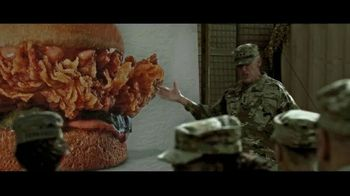 Zaxby's Signature Sandwich Meal TV Spot, 'We're Going Big' - Thumbnail 6