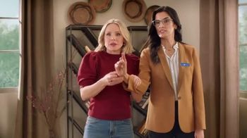 La-Z-Boy Veterans Day Sale TV Spot, 'Magic' Featuring Kristen Bell - Thumbnail 7