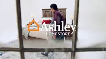 Ashley HomeStore Black Friday Mattress Sale TV Spot, 'Tempur Pedic and Beautyrest Black' - Thumbnail 1