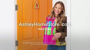 Ashley HomeStore Black Friday Mattress Sale TV Spot, 'Tempur Pedic and Beautyrest Black' - Thumbnail 9