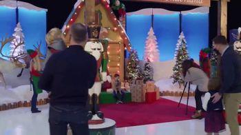 Bass Pro Shops TV Spot, 'Santa's Wonderland: Continue the Tradition' - Thumbnail 7