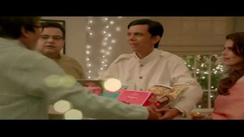 Bikaji TV Spot, 'Aslee Diwali Sirf Bikaji Wali' Featuring Amitabh Bachchan - Thumbnail 7