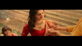 Joyalukkas TV Spot, 'Happy Waali Diwali' - Thumbnail 3