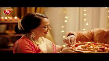 Brooke Bond Red Label Loose Leaf Black Tea TV Spot, 'Happy Diwali' - Thumbnail 8