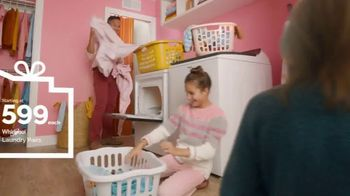 Lowe's TV Spot, Home for the Holidays: Give Back to Home' - Thumbnail 7