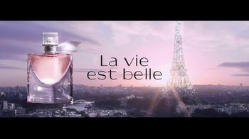 Lancôme La Vie est Belle TV Spot, 'Every Moment Is a Gift' Ft. Julia Roberts, Song by Hannah Grace - Thumbnail 8