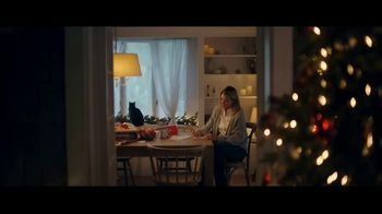 Chewy.com TV Spot, 'Holiday Traditions: All the Moments' - Thumbnail 1