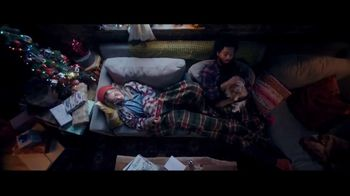 Chewy.com TV Spot, 'Holiday Traditions: All the Moments' - Thumbnail 4