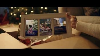 Chewy.com TV Spot, 'Holiday Traditions: All the Moments' - Thumbnail 9