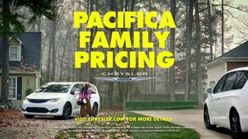 Chrysler Pacifica Family Pricing TV Spot, 'For Every Parent' Featuring Kathryn Hahn [T1] - Thumbnail 10