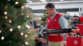 ACE Hardware TV Spot, 'Holidays: Perfect Present' - Thumbnail 3