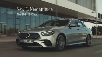 2021 Mercedes-Benz E-Class TV Spot, 'New Attitude' Song by The Struts [T2] - Thumbnail 6