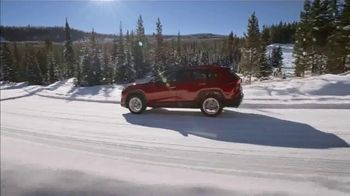 Toyota TV Spot, 'Western Washington Road Trip: Fun in the Snow' Ft. Danielle Demski, Ethan Erickson [T2] - Thumbnail 10