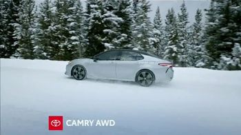 Toyota TV Spot, 'Western Washington Road Trip: Fun in the Snow' Ft. Danielle Demski, Ethan Erickson [T2] - Thumbnail 6