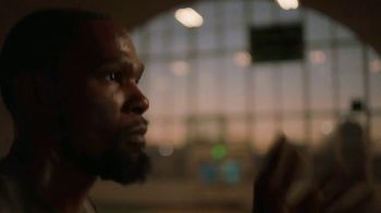 Degree Deodorants TV Spot, 'Moved to Tears' Featuring Kevin Durant - Thumbnail 8