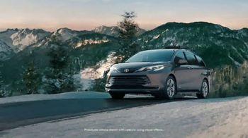 2021 Toyota Sienna TV Spot, 'Beginner Slope' [T1] - Thumbnail 2