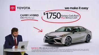 2021 Toyota Camry Hybrid TV Spot, 'Commentary: Camry Hybrid' [T2] - Thumbnail 4