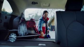 Toyota Highlander TV Spot, 'Discover New Lines' Song by The Helio Sequence [T2] - Thumbnail 5