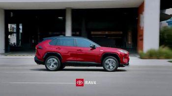 Toyota TV Spot, 'SUV You Can Trust' [T2] - Thumbnail 4