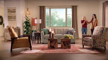 La-Z-Boy New Year\'s Sale TV Spot, \'Magic: 30% Off\' Featuring Kristen Bell