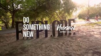 Visit Houston TV Spot, 'Staycation Deals' Song by Jon Presstone - Thumbnail 9