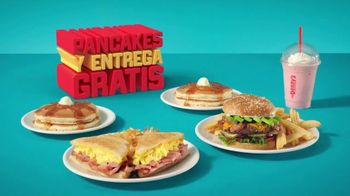 Denny's TV Spot, 'Pancakes gratis y entrega gratis' [Spanish] - 464 commercial airings