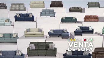 Rooms to Go Venta de Sofás de Año Nuevo TV Spot, 'Todos los sofás' canción de Junior Senior [Spanish] - Thumbnail 1